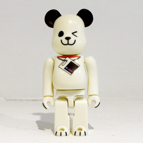Be@rbrick 100% HMV DOG(白) 개봉