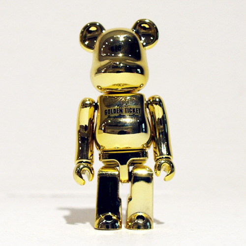 BE@RBRICK 100% Charlie and The Chocolate Factory-Golden Ticket