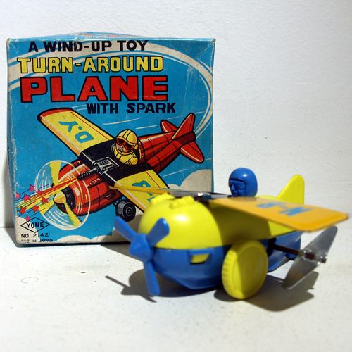 TURN-AROUND PLANE WIND SPARK